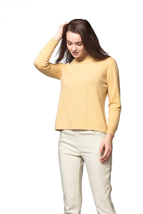 群羊的100%保暖Cashmere喀什米爾高山羊絨毛衣的黃色